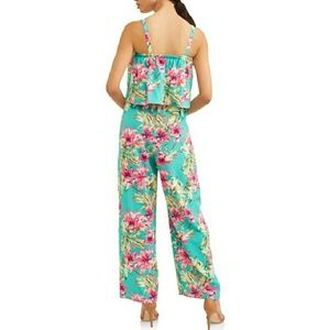 97539c115179 Time and Tru Pants - 🌹NWT Floral Jumpsuit Jumper Romper
